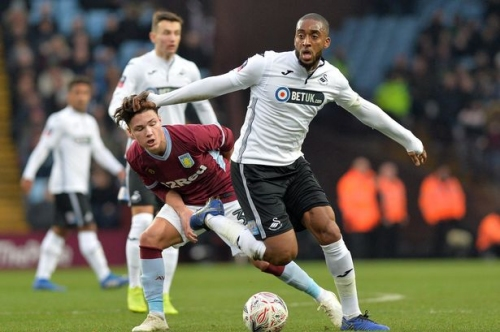 Graham Potter's Leroy Fer admission as Swansea City boss reveals latest on more possible player contract talks