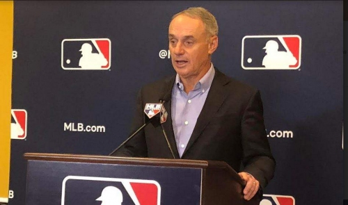 Commissioner says MLB is open to new Rays stadium in St. Petersburg