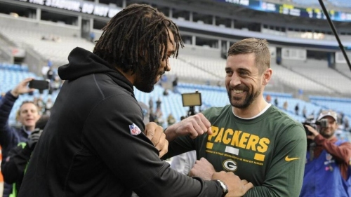 Packers QB Aaron Rodgers cherished playing with Julius Peppers