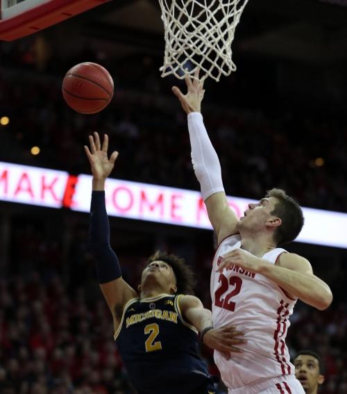 Michigan basketball vs. Wisconsin: Three things to watch, prediction