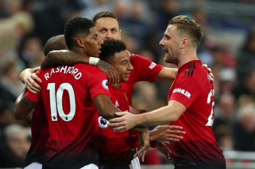Manchester United need to drop two key players vs Fulham ahead of Paris Saint-Germain fixture