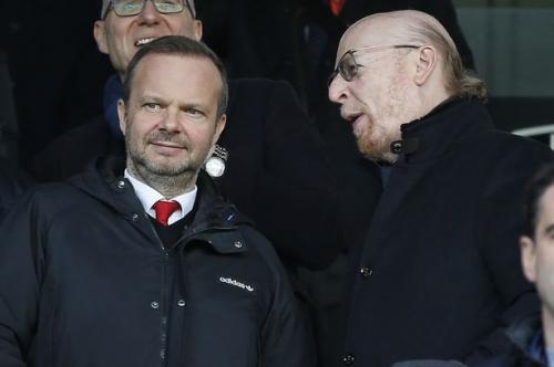 Ole Gunnar Solskjaer meets Avram Glazer after Manchester United win vs Fulham