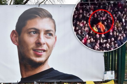 Southampton fan appears to mock Emiliano Sala's death in sick plane gesture to Cardiff City fans