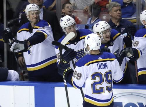 Blues start fast, take 2-0 lead over Predators