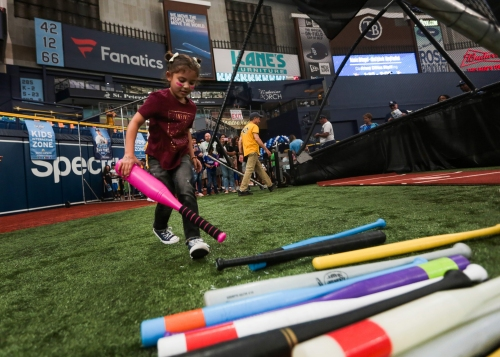 At Rays Fan Fest, a childhood test at home plate