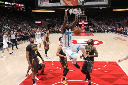 Hawks drop second straight at home in 129-120 loss to Hornets