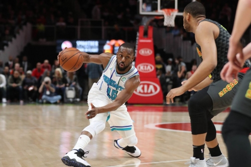 Kemba scores over 30 for the fourth straight game; Hornets win 129-120