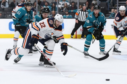 Sharks 5, Oilers 2: Labanc banks two points for the Sharks