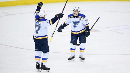 Tarasenko gets hat trick as Blues beat Predators in overtime