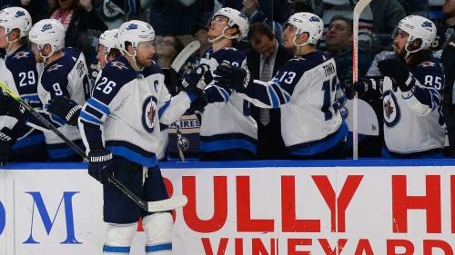 Blake Wheeler scores go-ahead goal, Jets beat Sabres