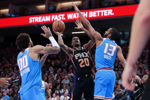 Recap: Kings cruise to easy 117-104 victory over Suns