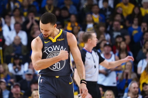 Warriors beat Heat 120-118 in back-and-forth affair