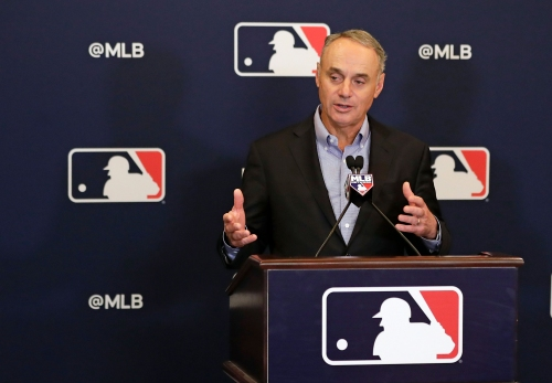 MLB Commissioner Rob Manfred to visit Cincinnati for Reds' Opening Day