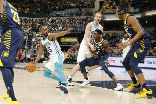 Hornets miss a lot of shots, lose to the Pacers 99-90
