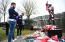 Stoke City star visits Gordon Banks statue to pay respects to mentor and friend