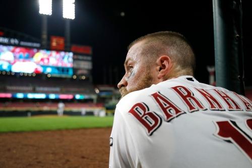 Tucker Barnhart happy to still be a Cincinnati Red