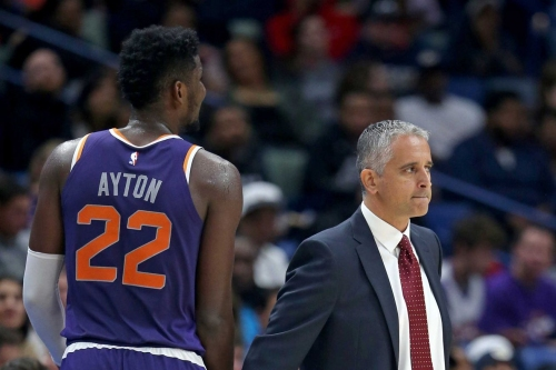 Deandre Ayton's lack of consistent touches may seem head scratching, but it's par for the course with most rookie bigs