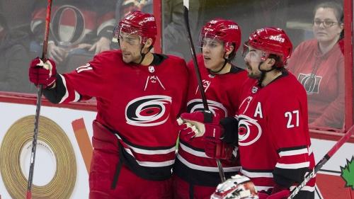 Teravainen scores twice in third as Hurricanes beat Senators