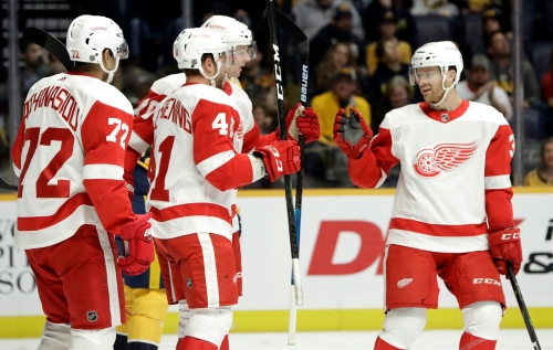 Detroit Red Wings end fathers trip on winning note