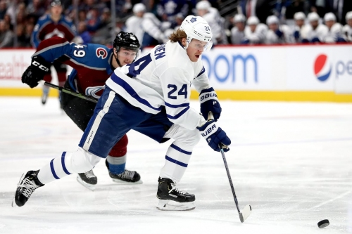 Leafs' power play erupts in win over reeling Avalanche