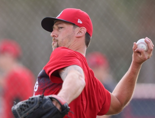 Cards' Gregerson expects to pitch this spring