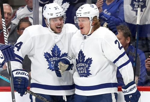 Leafs' power play erupts in win over Avalanche
