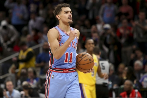 Hawks capitalize on poor fourth quarter shooting from Lakers in encouraging win
