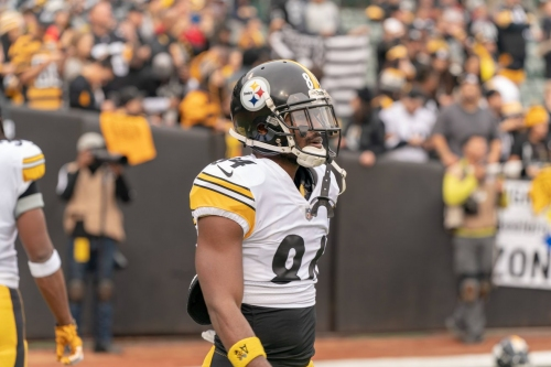 """The overall reaction to Antonio Brown's """"goodbye"""" tweet was interesting, to say the least"""