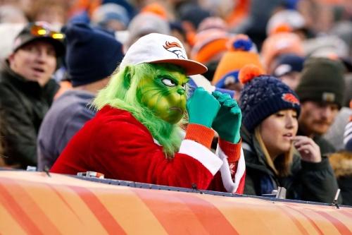 Fans react to Broncos trade for Joe Flacco