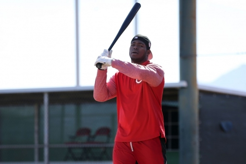 Red Reposter - Pitchers, Catchers, Yasiel Puig report to Goodyear
