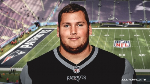 Patriots news: New England signs Brian Schwenke to new deal