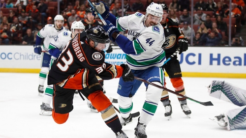 NHL Live Tracker: Canucks vs. Ducks