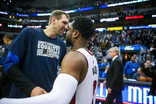 Wade, Heat win battle of NBA elder statesmen as Nowitzki, Mavs go cold in second half