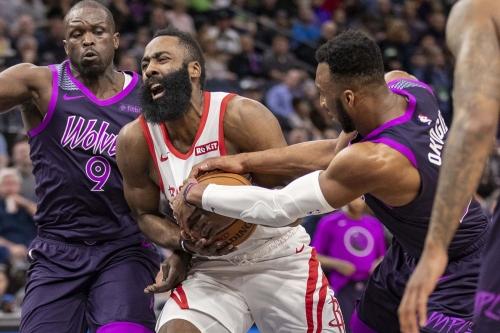 Wolves 121, Rockets 111: Rookie WalLOL