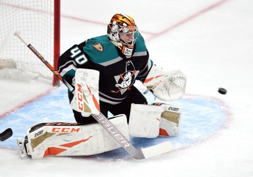 Ducks' Kevin Boyle shuts out Canucks in 1st career start