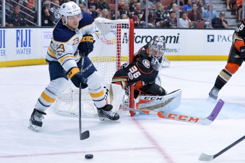 Outlet Pass: John Gibson hurt, Penguins win, and more