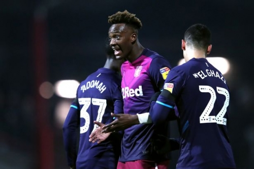 'Teams are going to exploit it' Pundit has his say on Aston Villa, Leeds United and Norwich City