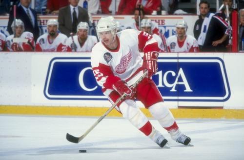 Detroit Red Wings great Larry Murphy rehired by Fox Sports Detroit