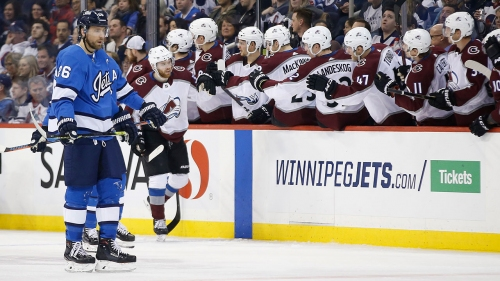 Landeskog helps Avs snap 8-game losing skid with win over Jets