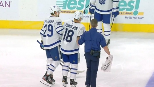 Maple Leafs' Johnsson helped off ice after knee-on-knee with McNabb