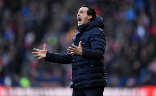 Mesut Ozil 'likes' comment questioning Unai Emery after being axed for BATE Borisov clash