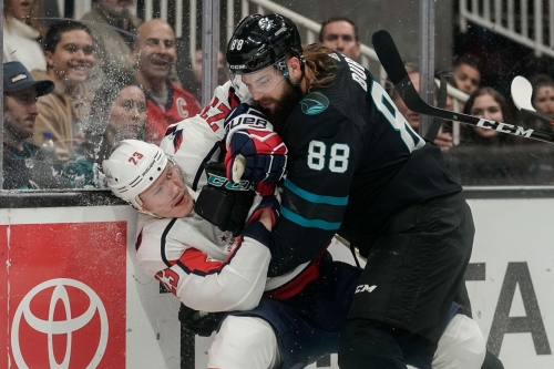 Capitals 5, Sharks 1: Washington capitalizes on San Jose mistakes