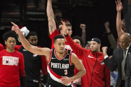 "Lowe: CJ McCollum Plays ""Like a Running Back"""