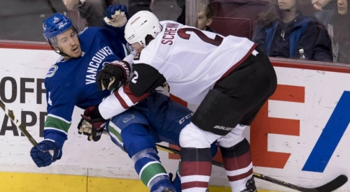 As injuries mount on the blueline, Canucks call up Luke Schenn from Utica