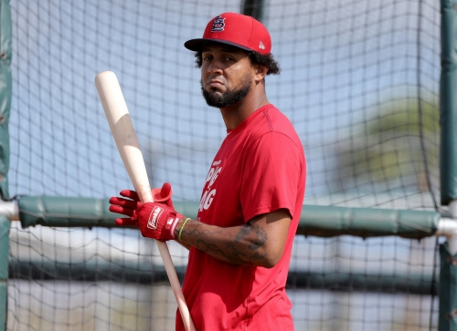 Jose Martinez bids farewell to first baseman's glove: 'So long'