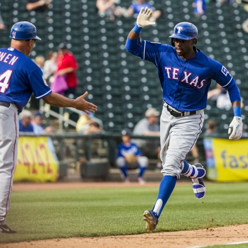 Former outfielder James Jones to continue switch to mound with Rangers