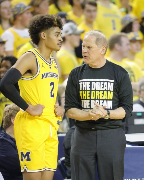 Three ways for Michigan basketball to improve its meager offense