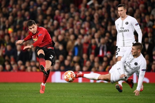 Victor Lindelof sets Man Utd target ahead of Chelsea and Liverpool FC games