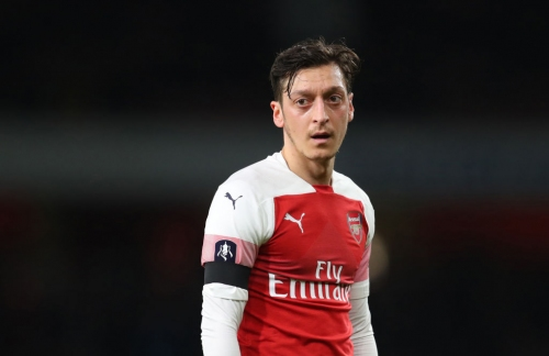 Mesut Ozil sends cryptic message to Arsenal fans after being dropped by Unai Emery