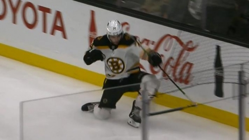 Bruins' Cehlarik threads-the-needle, DeBrusk scores on Kings